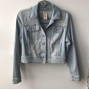 Light wash jean jacket - Size L - Target brand